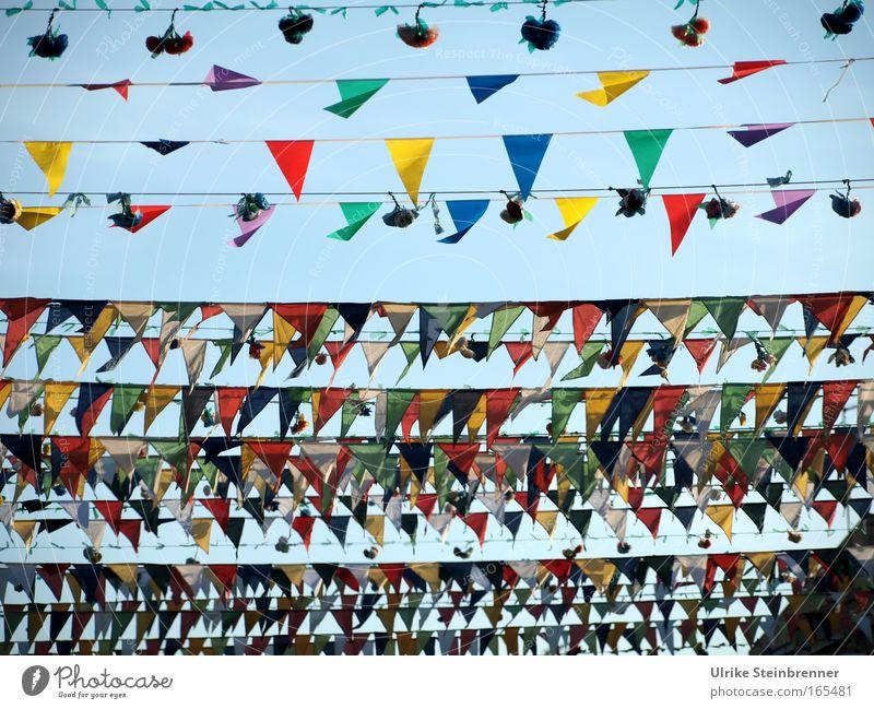 Sky Vacation & Travel Colour Joy Life Street Movement Religion and faith Feasts & Celebrations Decoration Tourism Happiness Joie de vivre (Vitality) Culture