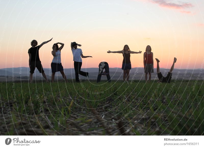 Human being Sky Vacation & Travel Youth (Young adults) Summer Joy 18 - 30 years Adults Meadow Funny Healthy Happy Exceptional Group Together Horizon