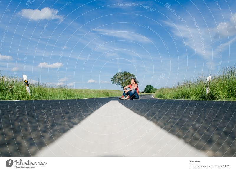 AST9 | The open road and a hungry heart Lifestyle Leisure and hobbies Trip Adventure Freedom Human being Feminine Woman Adults 1 30 - 45 years Landscape Sky