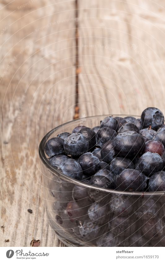 Clear glass bowl of ripe blueberries Food Fruit Nutrition Eating Breakfast Picnic Organic produce Vegetarian diet Diet Bowl Lifestyle Beautiful Healthy