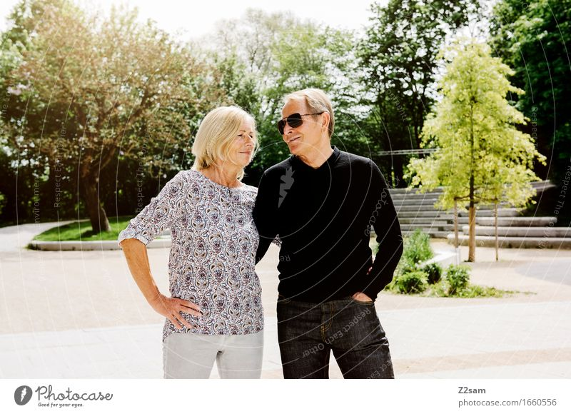 I belong to zam Lifestyle Female senior Woman Male senior Man Couple Partner 60 years and older Senior citizen Summer Beautiful weather Park Town Downtown Touch