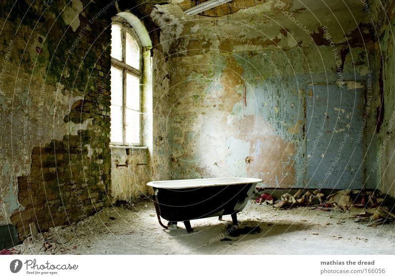 Old Beautiful Loneliness Calm Window Dark Wall (building) Architecture Wall (barrier) Bright Room Dirty Trash Idyll Bathtub Bathroom