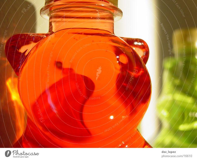 peasant Gummy bears Red Green Living or residing Bear bear bottle Fluid Shadow