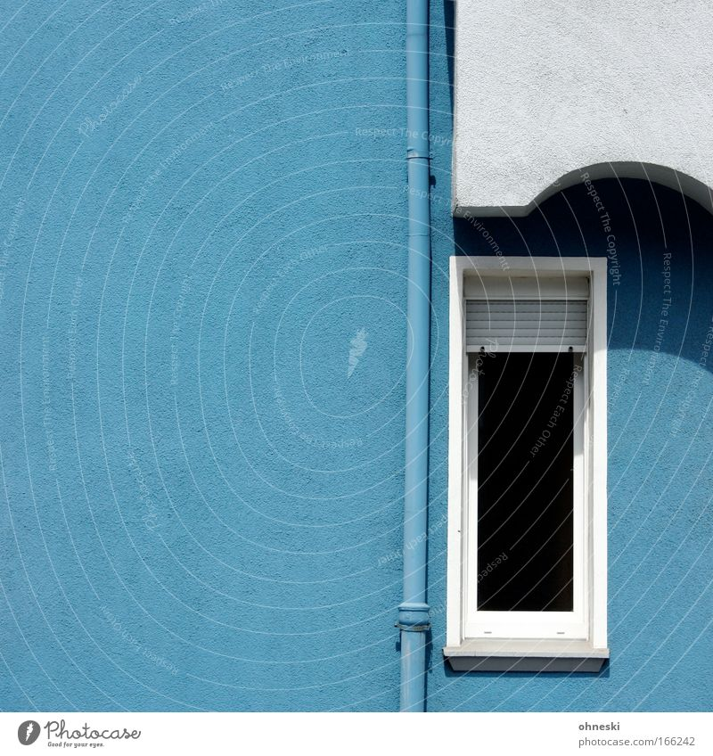 Blue and white like lieb´ich you Colour photo Exterior shot Copy Space left Day Shadow Central perspective House (Residential Structure) Building Architecture