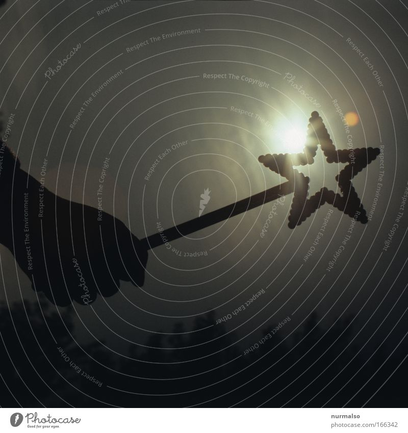 black star on sun Subdued colour Morning Lifestyle Playing Far-off places Freedom Hand 1 Human being Art Nature Sky Sun Solar eclipse Village Accessory