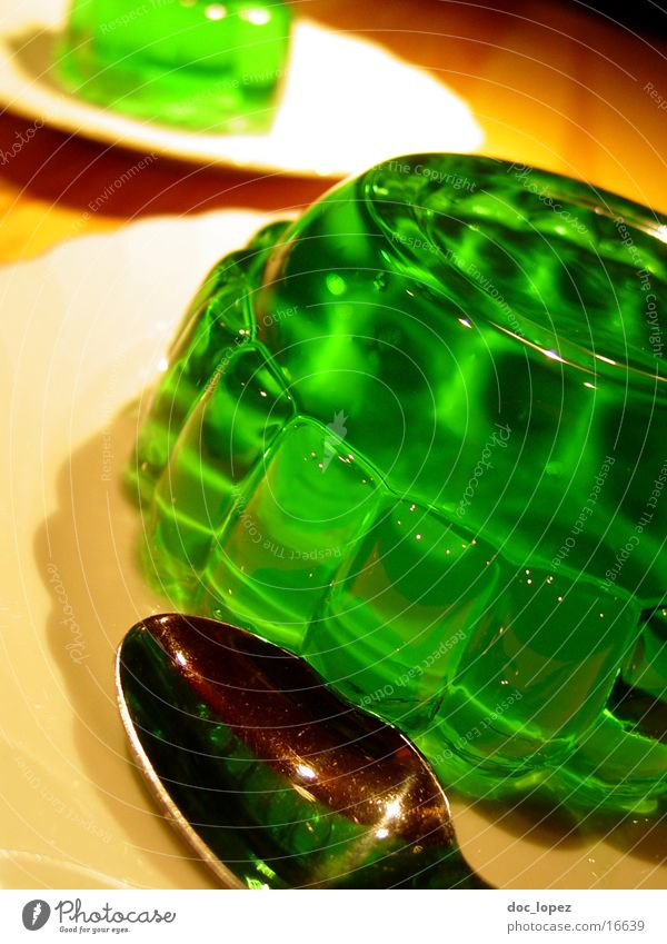 green_1 Pudding Jelly Still Life Jello Green Bilious green Spoon Plate UFO Wobble Nutrition Table Dessert Woodruff It's served. invasion Perspective glibber