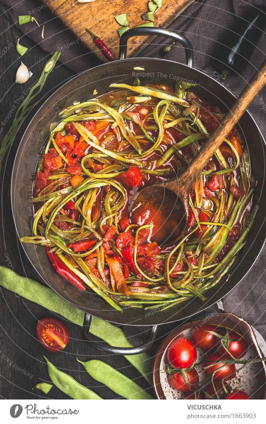 """Green beans """"Spaghetti"""" with tomato sauce Food Vegetable Nutrition Lunch Dinner Banquet Organic produce Vegetarian diet Diet Italian Food Pot Pan Spoon Style"""