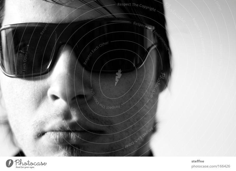 Iesch abe garine geine audo Black & white photo Interior shot Close-up Shadow Contrast Shallow depth of field Portrait photograph Looking into the camera