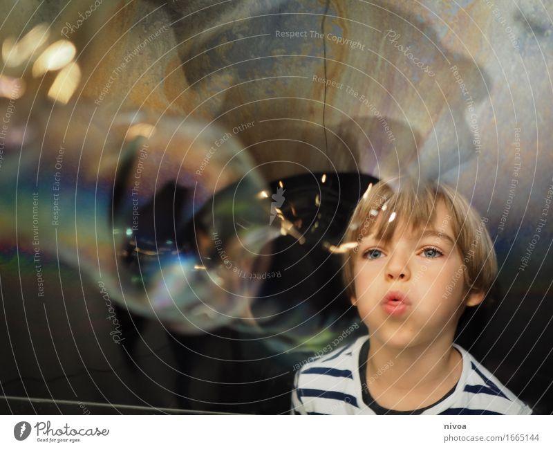 soap bubbles4 Human being Masculine Child Boy (child) Infancy Head 1 3 - 8 years Exhibition Museum Winterthur Switzerland Sweater Blonde Soap bubble Water