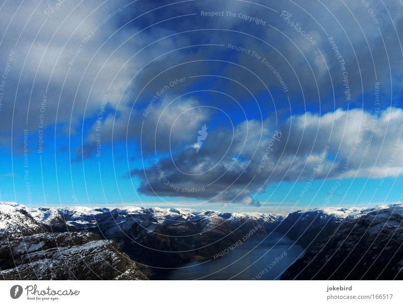 Sky White Blue Ocean Vacation & Travel Clouds Calm Winter Snow Mountain Freedom Above Landscape Power Leisure and hobbies Horizon