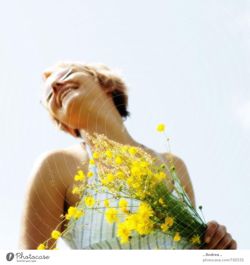 Human being Woman Beautiful Joy Yellow Adults Warmth Feminine Laughter Natural Happy Healthy Blonde Illuminate Fresh Happiness