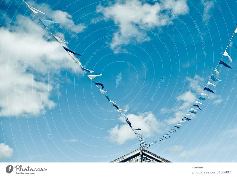 fluttered with pennants Colour photo Neutral Background Day Sky Clouds Leisure and hobbies Judder Wind Flag String Point Roof Summer Blue Blue sky