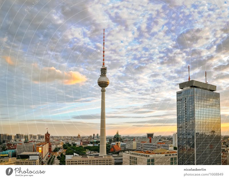 Vacation & Travel City Far-off places Berlin Freedom Tourism Flat (apartment) Horizon Living or residing Leisure and hobbies Free Trip High-rise Success Large Joie de vivre (Vitality)