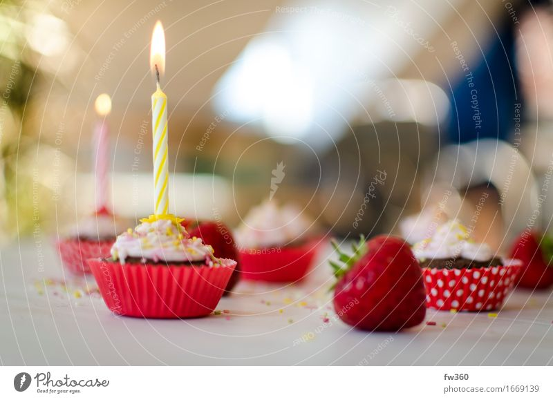Red Joy Eating Feasts & Celebrations Party Pink Glittering Contentment Nutrition Birthday Happiness Joie de vivre (Vitality) Sweet Friendliness Violet Candy