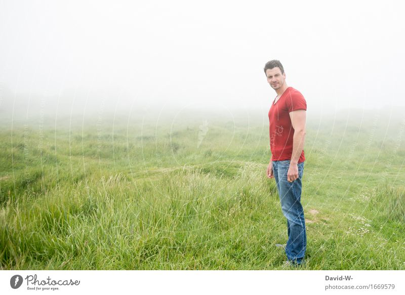 FogLandscape Life Vacation & Travel Tourism Trip Adventure Far-off places Human being Masculine Young man Youth (Young adults) Man Adults 1 Environment Nature