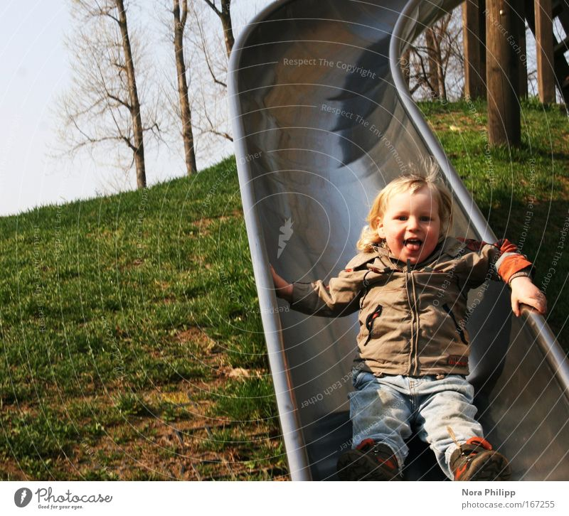 Human being Child Green Tree Joy Playing Boy (child) Happy Laughter Spring Brown Blonde Leisure and hobbies Masculine Happiness Toddler