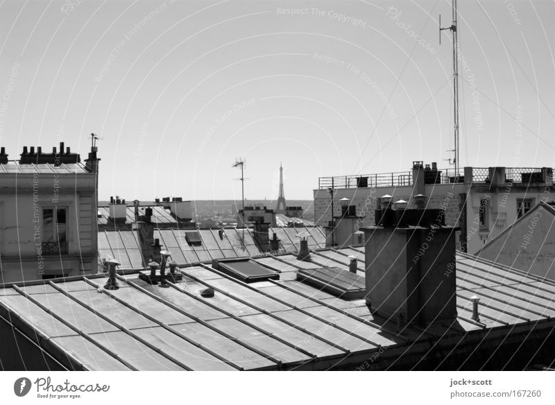 Roof organization City trip Cloudless sky Horizon Paris Capital city House (Residential Structure) Manmade structures Facade Chimney Antenna Tourist Attraction