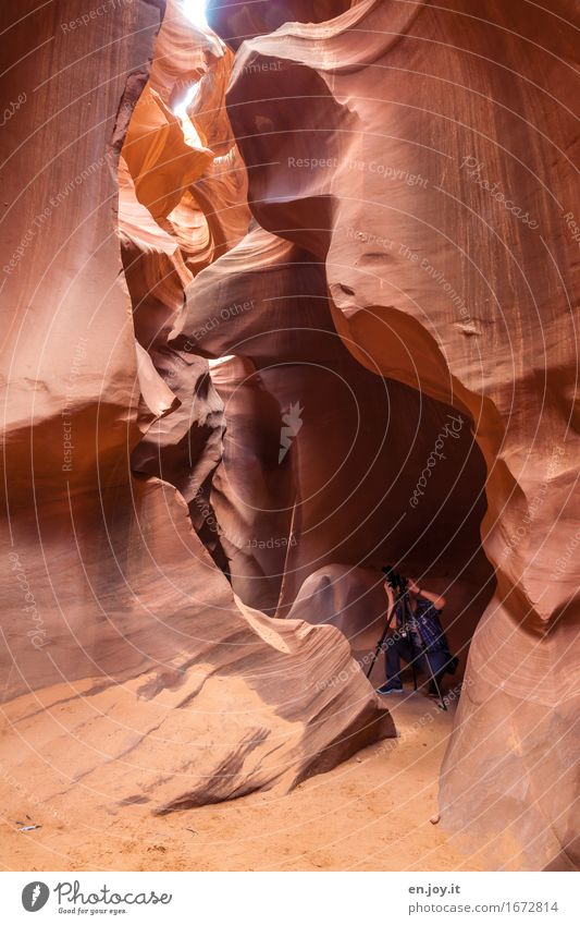 man at work Take a photo Vacation & Travel Tourism Man Adults 1 Human being Nature Rock Canyon Antelope Canyon Desert slot canyon Page Arizona USA Americas