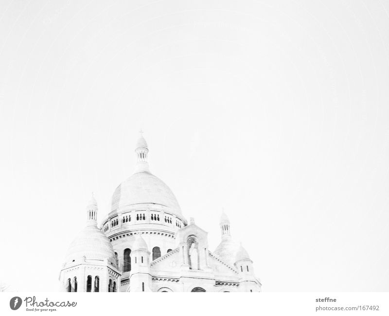 l'eglise blanche Black & white photo Exterior shot Experimental Copy Space right Copy Space top Neutral Background Light Silhouette Worm's-eye view Paris France