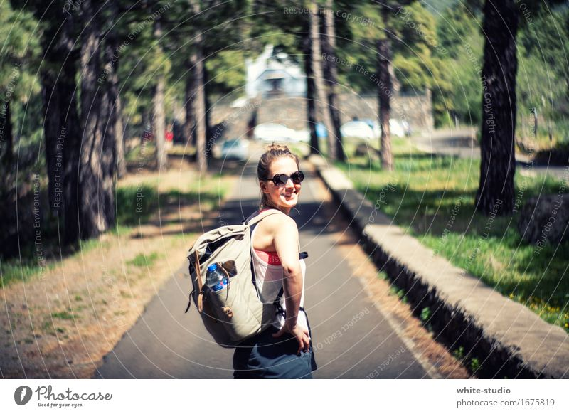 wanderlust Human being Feminine Woman Adults Fitness Going To enjoy Vacation & Travel Sports Hiking Athletic Happiness Healthy Thorny Joy Happy