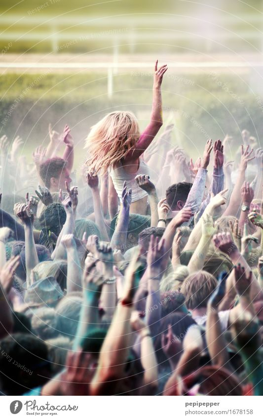 Holi Festival Leisure and hobbies Party Event Music Feasts & Celebrations Dance Human being Youth (Young adults) Life Crowd of people 18 - 30 years Adults