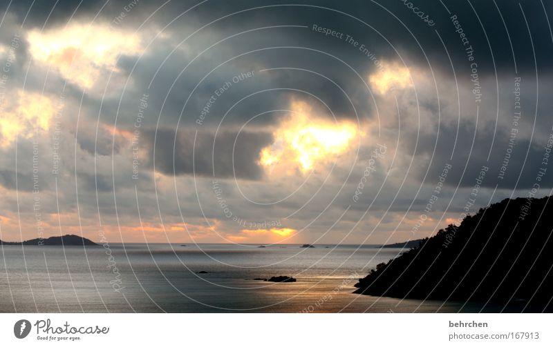 the game of the angel Colour photo Exterior shot Dawn Sunlight Sunbeam Sunrise Sunset Sky Clouds Waves Coast Beach Bay Ocean Indian Ocean Island Seychelles