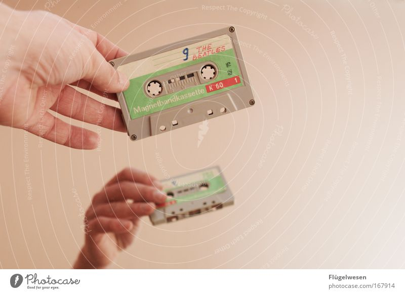 Music Cool (slang) Retro Listening Musical notes Musician Tape cassette England Human being Liverpool Listen to music