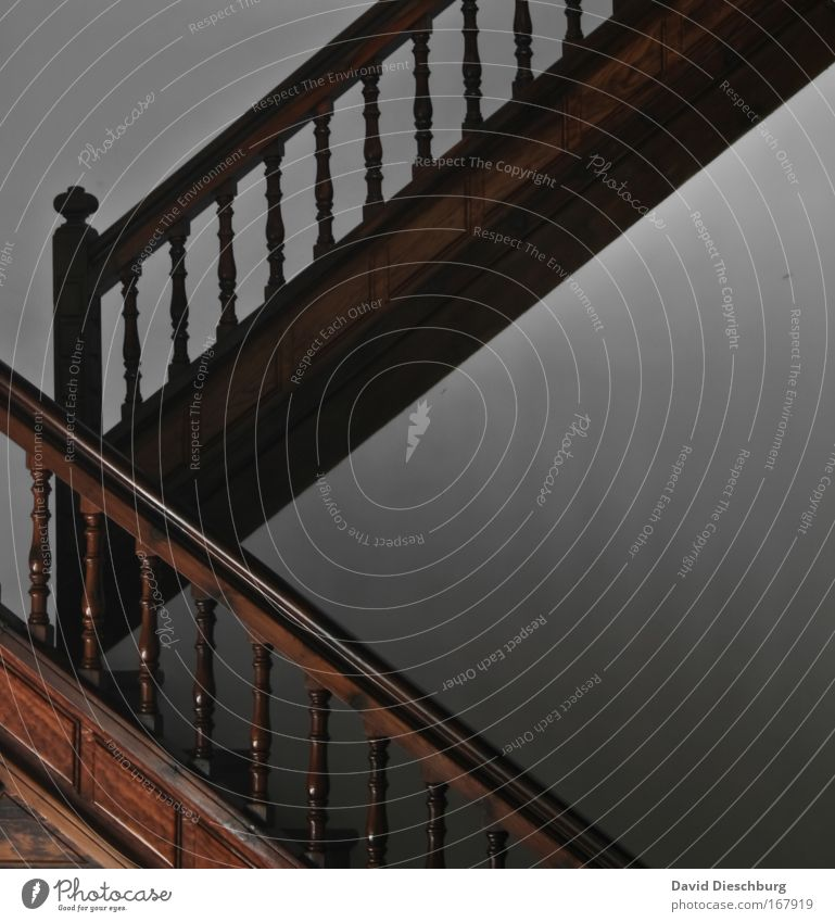Old Wood Interior design Line Stairs Tall Level Manmade structures Banister Staircase (Hallway) Upward Story Hallway Geometry Downward Symmetry
