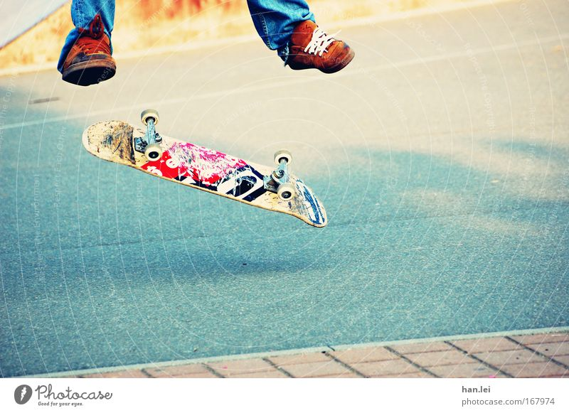sk8er Colour photo Exterior shot Copy Space right Copy Space bottom Day Evening Lifestyle Skateboard Infancy Youth (Young adults) Legs Feet 18 - 30 years Adults