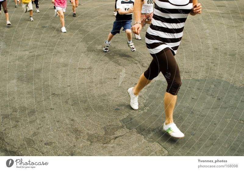 Human being Youth (Young adults) Adults Street Movement Group Legs Feet Healthy Footwear Leisure and hobbies Walking Speed Success Running sports Fitness