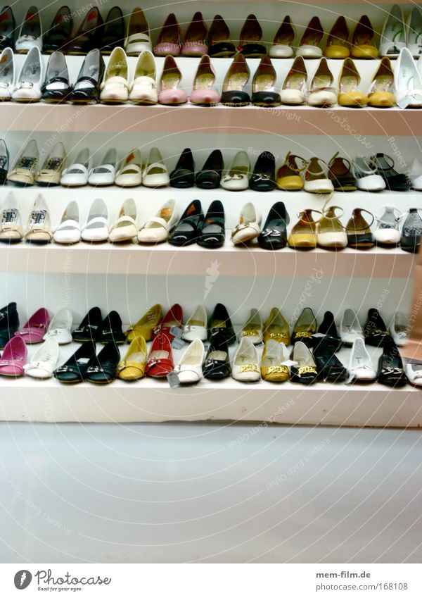 Feet Footwear Clothing Store premises Trade Consumption High heels Shoe shop