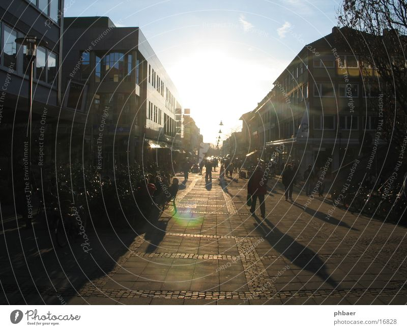 Human being Sun House (Residential Structure) Feet Transport Closed Downtown In transit Hesse Pedestrian precinct Housefront Darmstadt