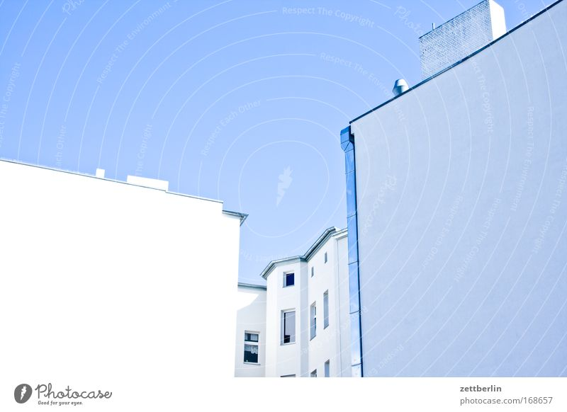 Sky House (Residential Structure) Wall (building) Window Wall (barrier) Building Facade Corner Beautiful weather Tenant Blue sky