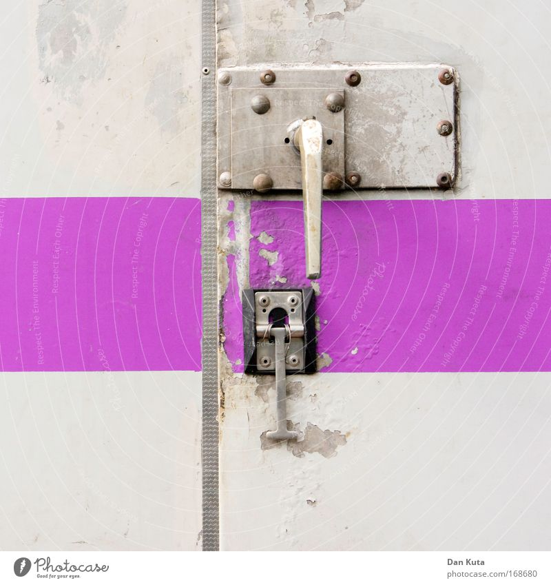 Old Metal Pink Dirty Broken Construction site Stripe Living or residing Car door Violet String Trashy Craft (trade) Door handle Craftsperson Stagnating