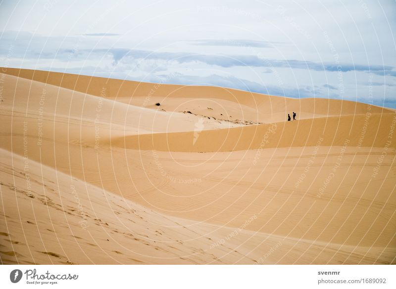 Mui Ne Sand Dune Vacation & Travel Tourism Adventure Expedition Sun Hiking Human being Couple 2 Environment Landscape Earth Sky Clouds Warmth Drought Hill