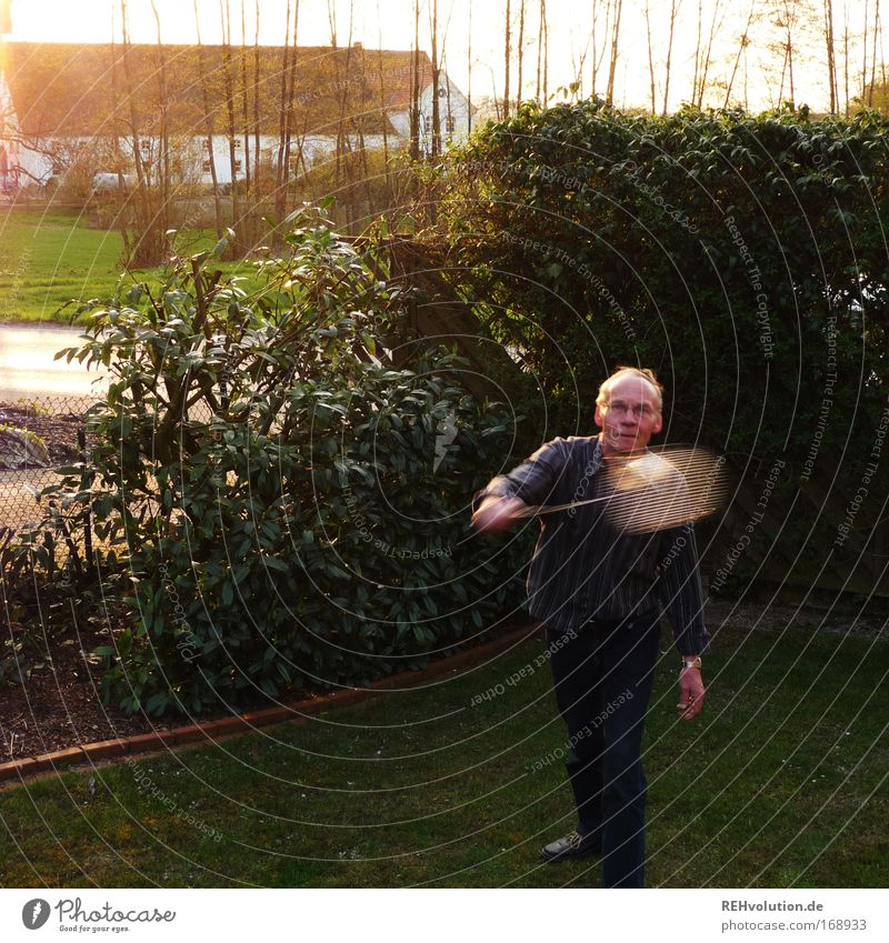 Human being Man Old Green Joy Adults Playing Senior citizen Movement Garden Healthy Leisure and hobbies Masculine Village 60 years and older Fitness
