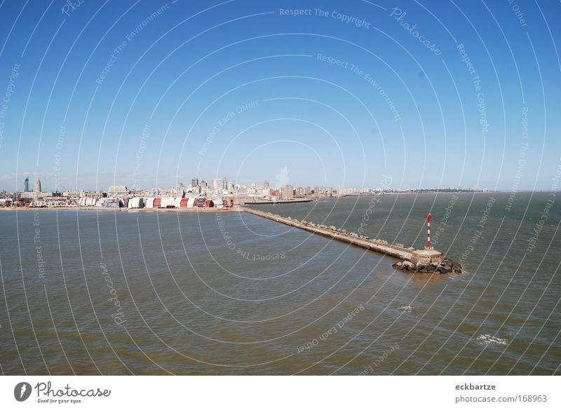 Montevideo Colour photo Exterior shot Deserted Copy Space top Copy Space bottom Day Bird's-eye view Long shot Skyline House (Residential Structure) High-rise