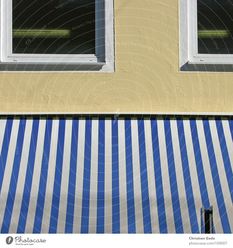Blue House (Residential Structure) Window Wall (building) Architecture Building Wall (barrier) Facade Stripe Manmade structures Window pane Sun blind Window frame Glazed facade
