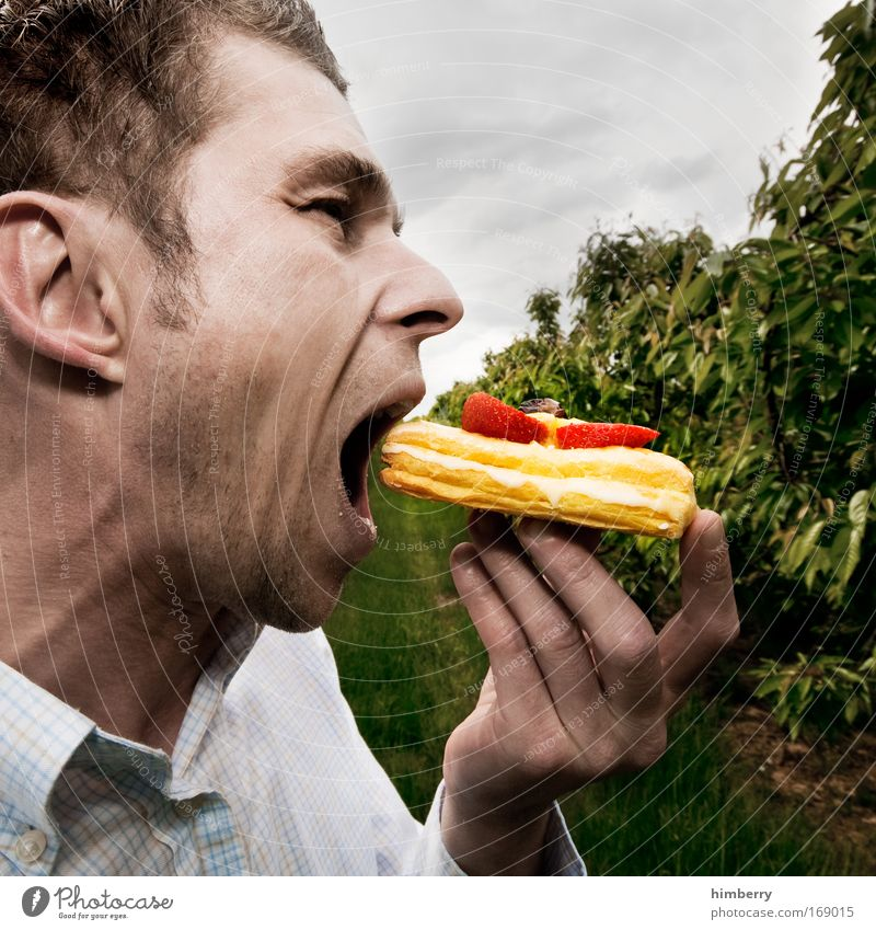 Human being Man Joy Adults Nutrition Head Food Eating Mouth Masculine Gateau Cake Fruit Candy Delicious Joie de vivre (Vitality)