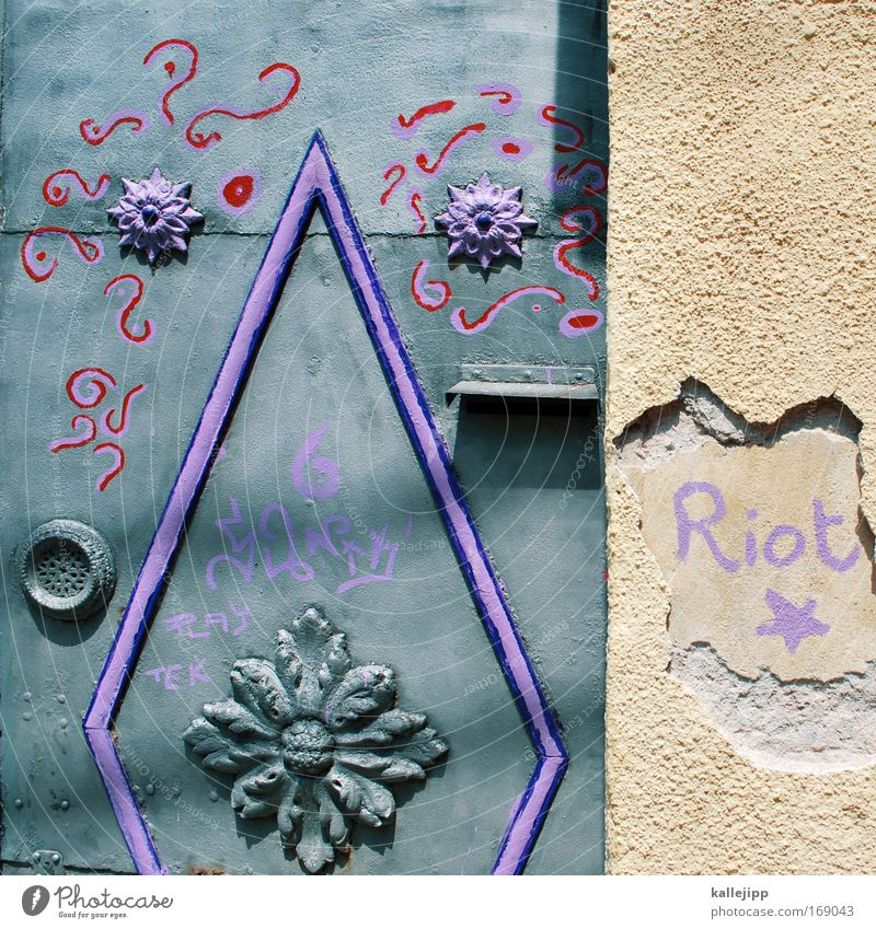 Plant Flower House (Residential Structure) Graffiti Gray Blossom Stone Metal Art Door Flat (apartment) Facade Lifestyle Star (Symbol) Cool (slang) Living or residing
