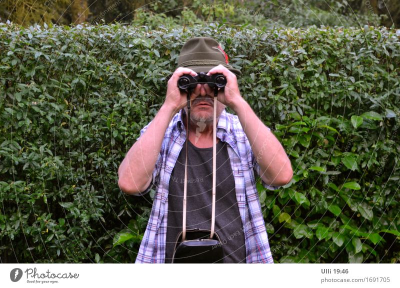 I see you! (No. 90) Hunting Summer Garden Birthday Binoculars Masculine Male senior Man Head 1 Human being 60 years and older Senior citizen Beautiful weather