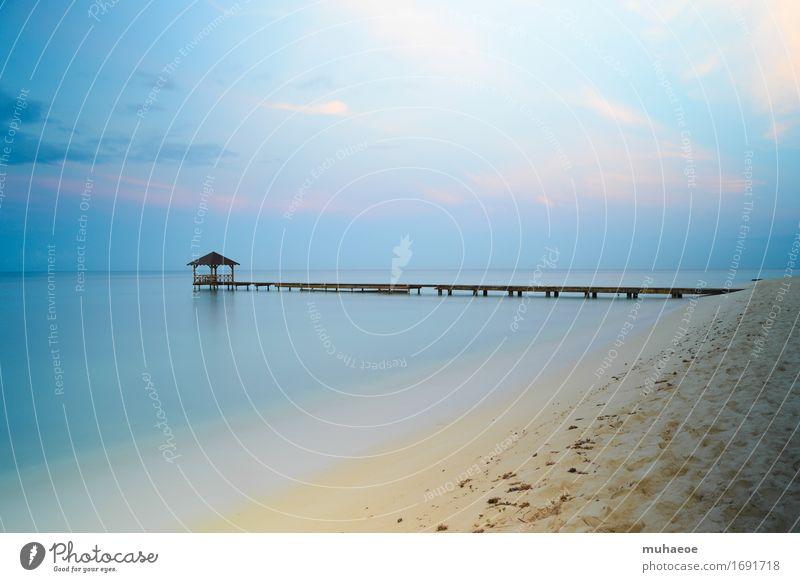 Sky Vacation & Travel Summer Water Ocean Relaxation Calm Beach Freedom Sand Horizon Leisure and hobbies Idyll Island Beautiful weather Warm-heartedness
