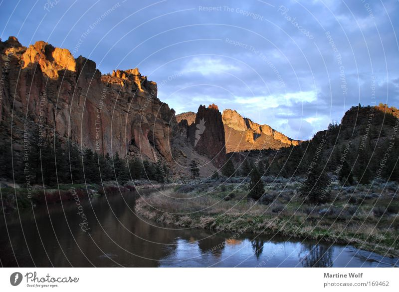 Smith Rock Vacation & Travel Trip Canyon Environment Nature Landscape Water Sky Sunlight Mountain River bank USA Oregon North America Freedom