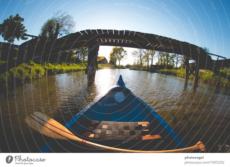 drift Relaxation Calm Leisure and hobbies Canoe trip Trip Freedom Summer Nature Water Cloudless sky Meadow River To enjoy Wet Blue Brown Green Contentment