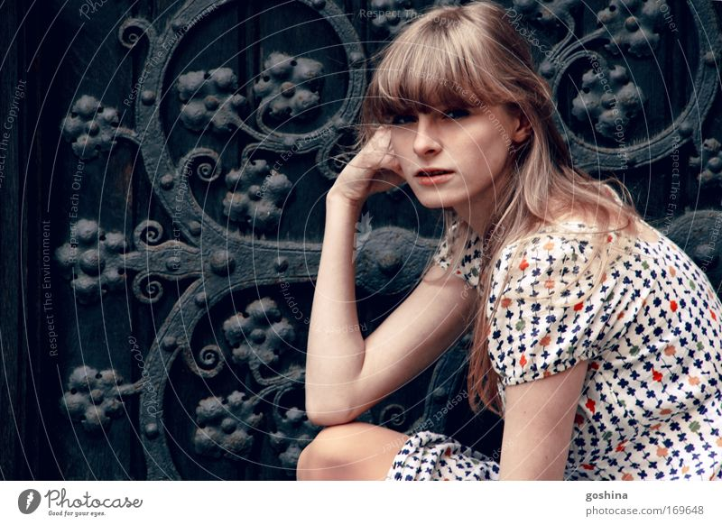 Woman Human being Youth (Young adults) Beautiful Feminine Hair and hairstyles Dream Fashion Planning Blonde Adults Door Sit Esthetic Portrait photograph