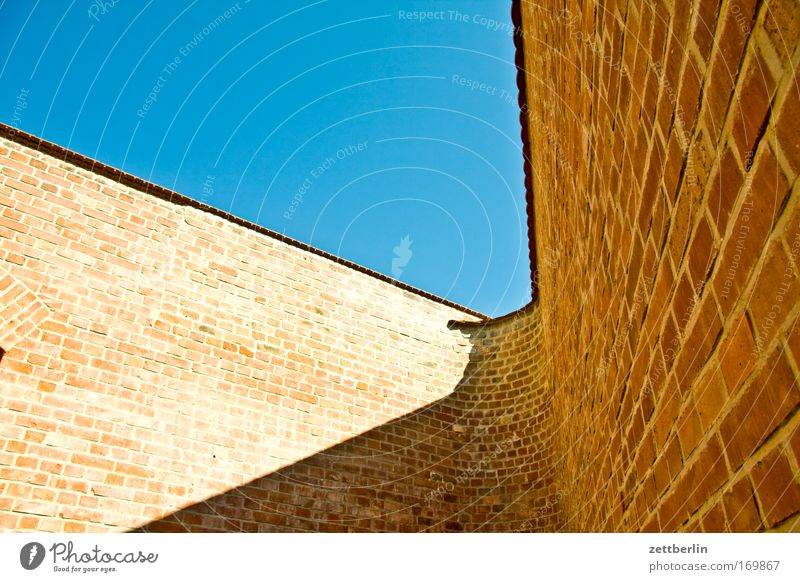 Sky Sun Summer Clouds Wall (building) Wall (barrier) Germany Corner Curve Museum Captured Beautiful weather Blue sky Saxony Penitentiary Copy Space
