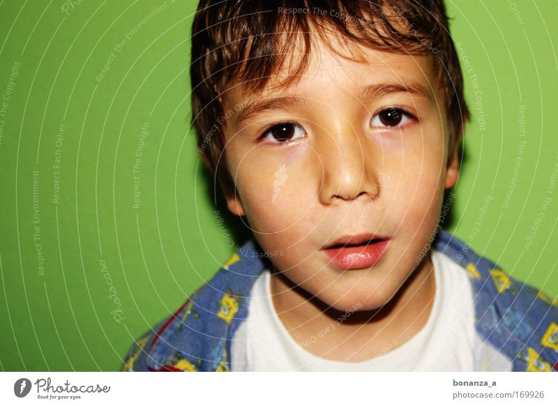 Child Green Beautiful Face Life Emotions Boy (child) Power Masculine Exceptional Esthetic Authentic Perspective Illuminate Sweet Hope