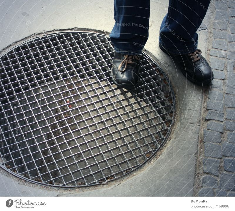 Blue Gray Stone Footwear Concrete Circle Jeans Round Stand Pants Square Tunnel Steel Sneakers Edge Grating
