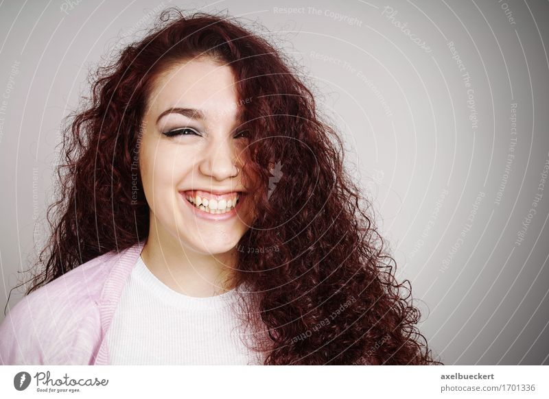 Human being Woman Youth (Young adults) Beautiful Young woman Joy Girl Face Adults Emotions Feminine Laughter Happy Hair and hairstyles 13 - 18 years Smiling