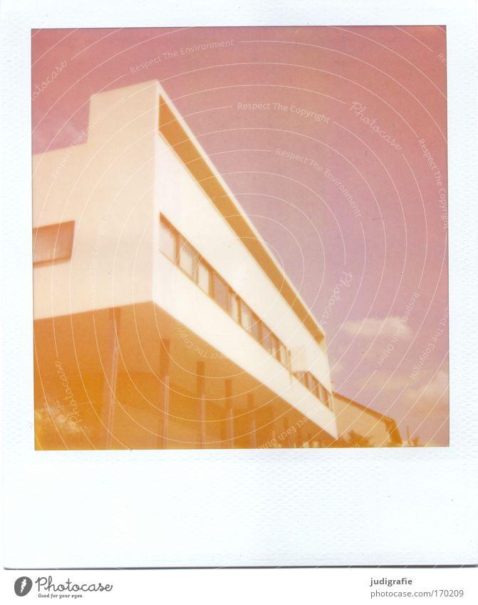 House (Residential Structure) Architecture Flat (apartment) Design Modern Esthetic Living or residing Manmade structures Polaroid Stuttgart Bauhaus Dream house